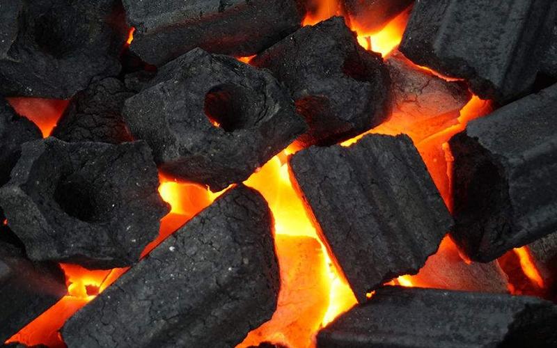 木炭粘合剂